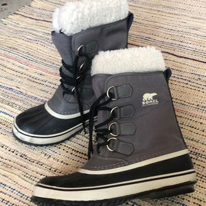 Women's Winter Carnival Snow Boot size 7.5